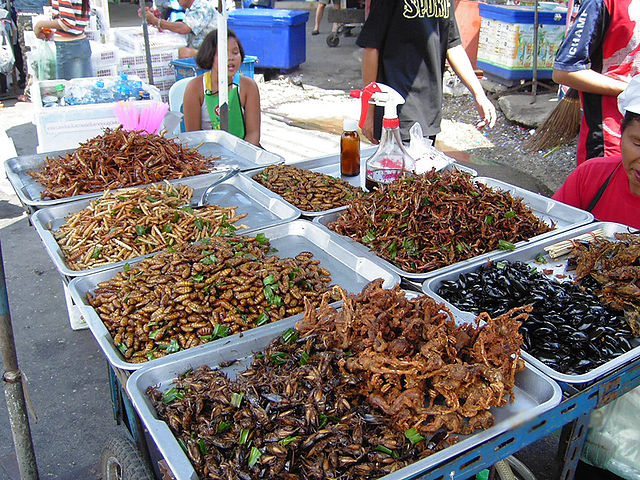 640px-Insect_food_stall