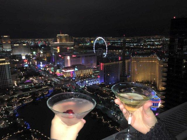 Vegas good times, Balcony Cocktails