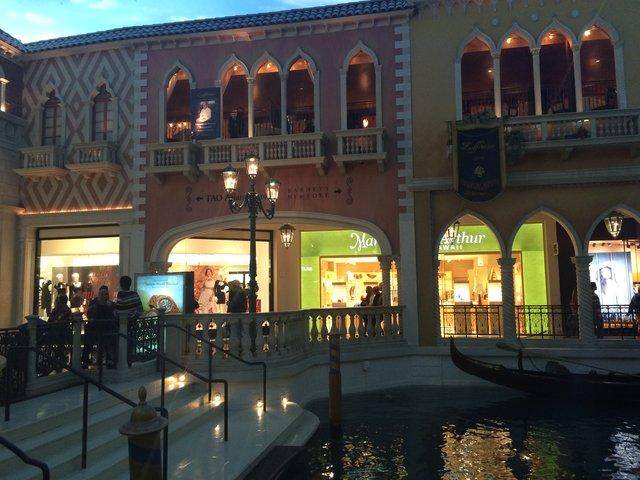 Vegas good times, Venetian Inside