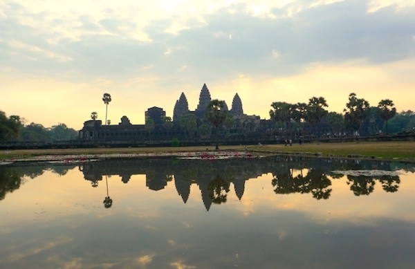 visit Cambodia Angkor Wat