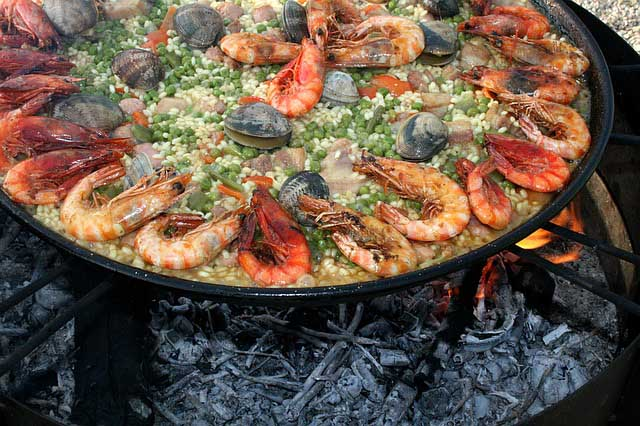 Eating in Barcelona Paella
