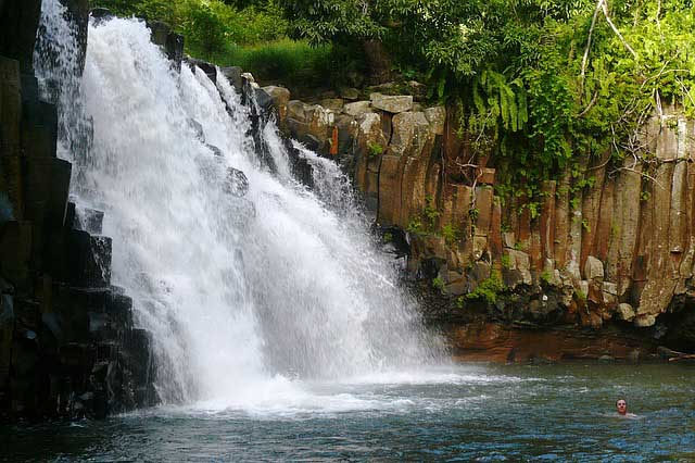 Natural attractions in Mauritius - waterfalls