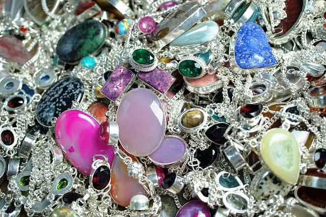 5 backpacking essentials jewellery