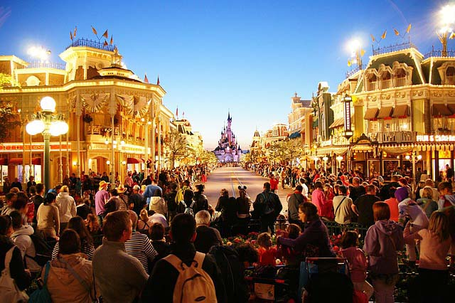 Best family holiday destinations - disneyland