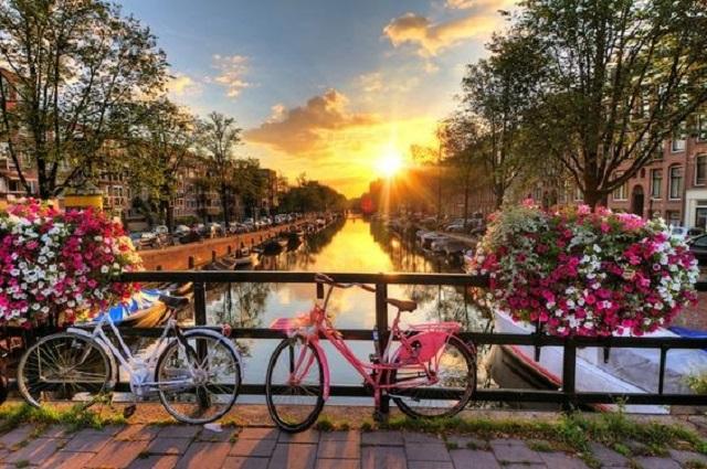 Amsterdam- Valentine's day