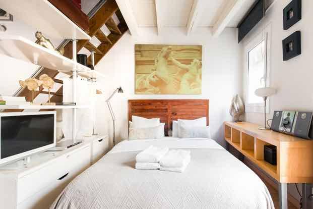travel accommodation room