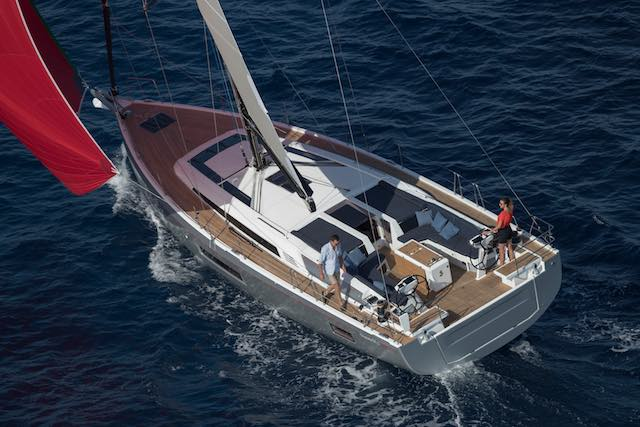 Sailing with Oceanis 51