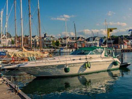 Gulet vs. Motorboat
