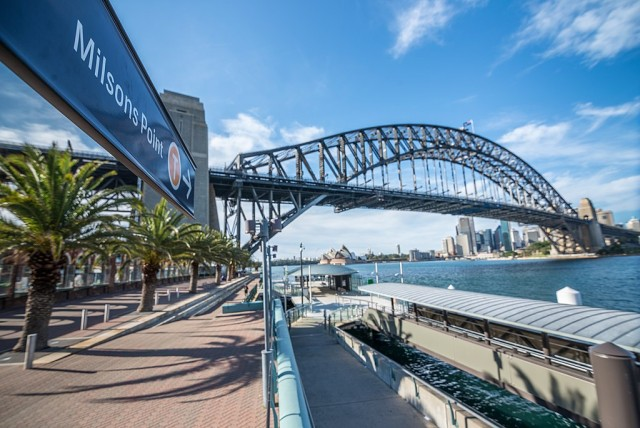Milsons_Point_Ferry_Wharf