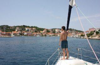 sailing boat holidays