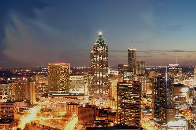 Atlanta hotels with balcony views