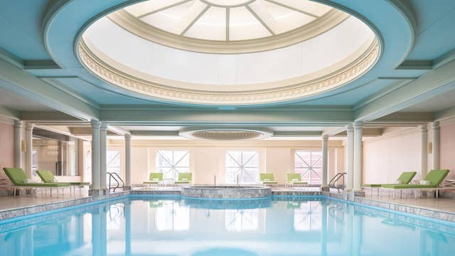Four Seasons Hotel best chicago hotels with pools