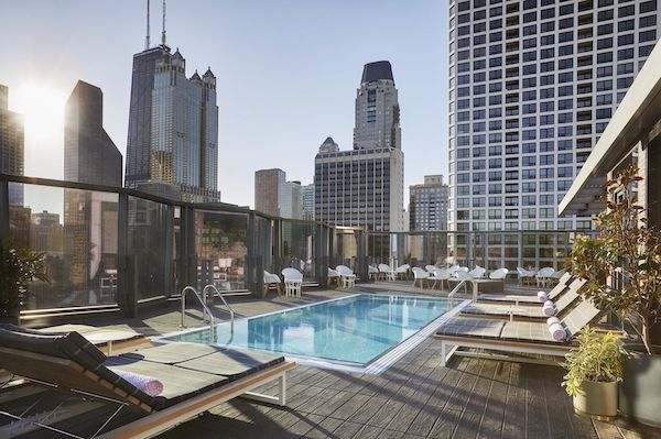Viceroy Best Chicago hotels with Pools